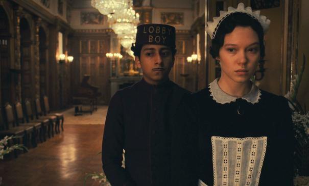 the-grand-budapest-hotel-tony-revolori-e-la-cameriera-lea-seydoux-300206
